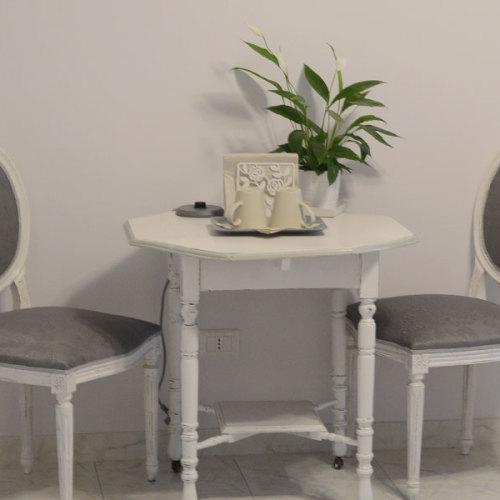 Camera doppia - Tavolo e sedie